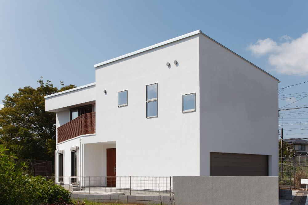 シンプルな外観の家