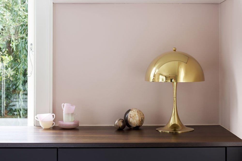 真鍮のパンテラテーブル
