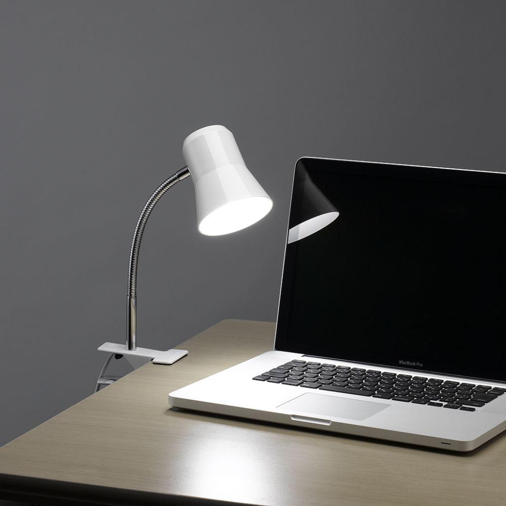 作業面を照らすクリップライト