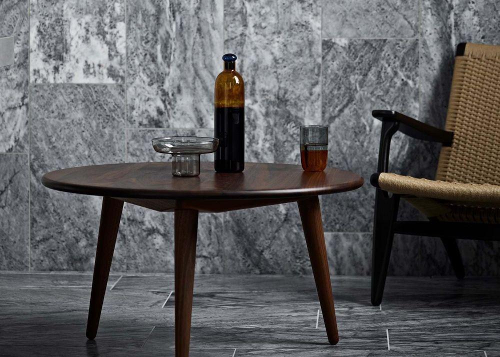 カールハンセンのコーヒーテーブル
