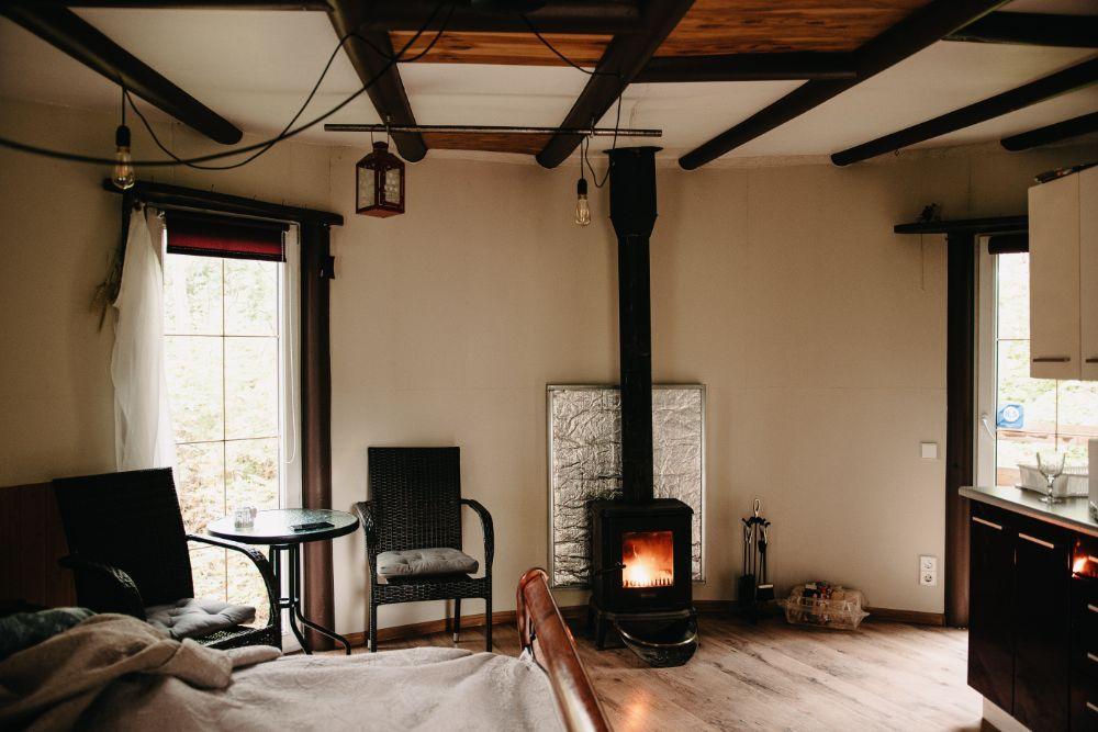 暖炉のある空間