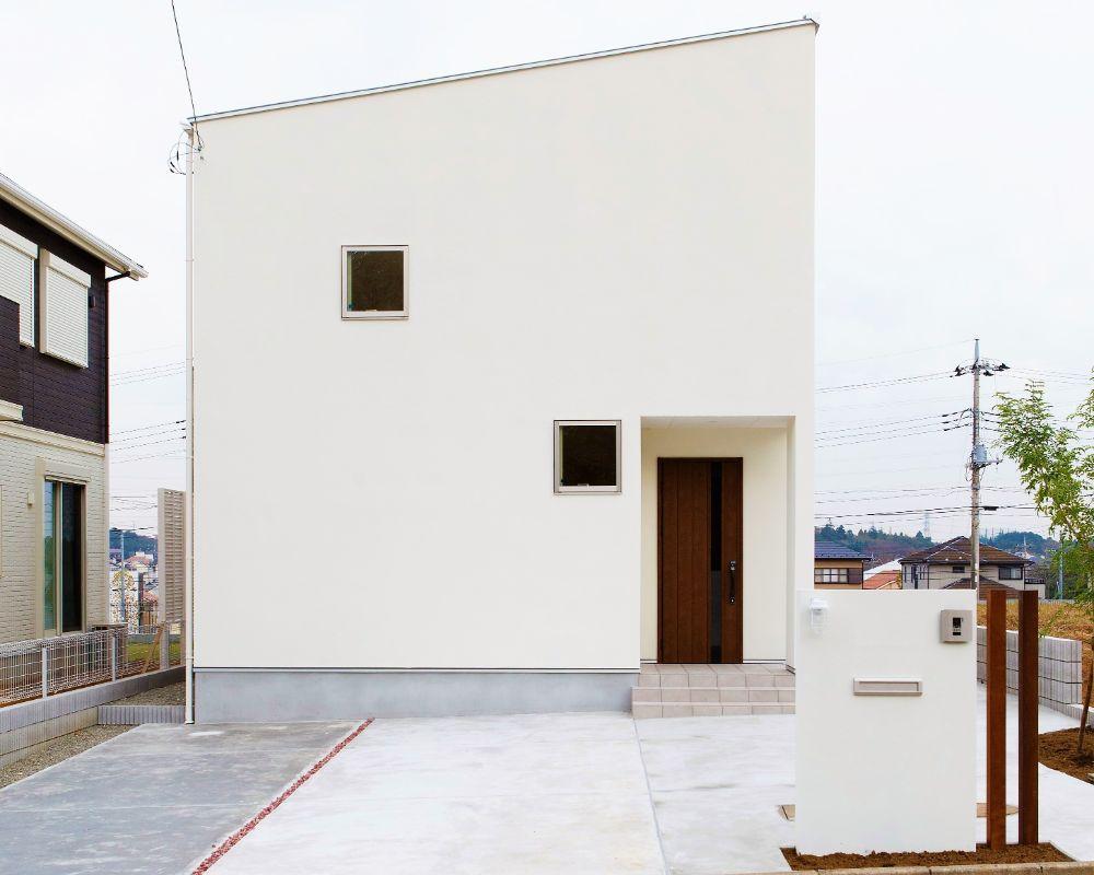 シンプルなデザインの家