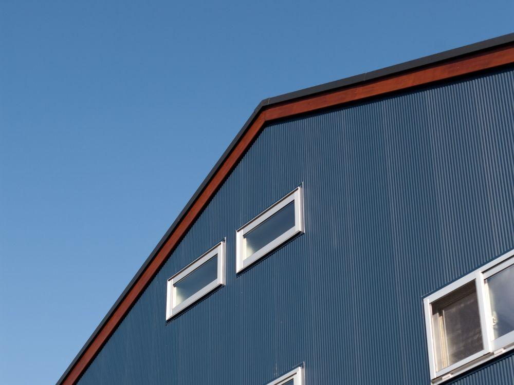 切妻屋根の家