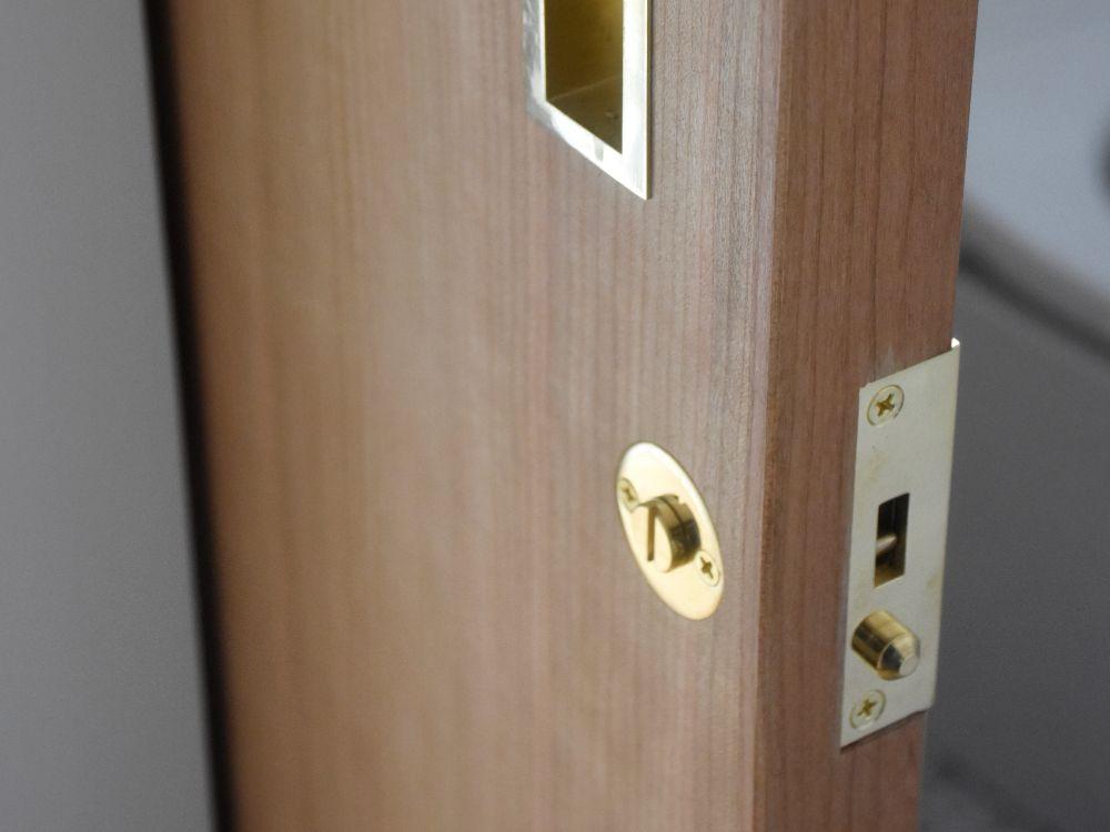 引き戸の鍵