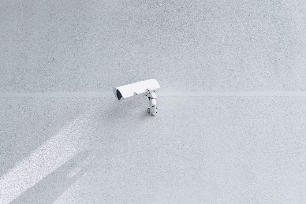 監視カメラ