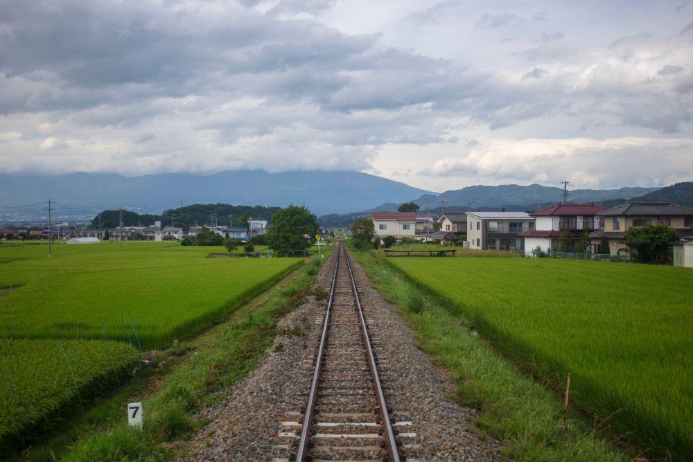田舎にある線路