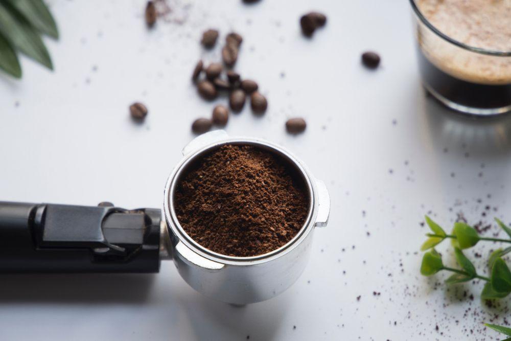コーヒー豆をひいた粉