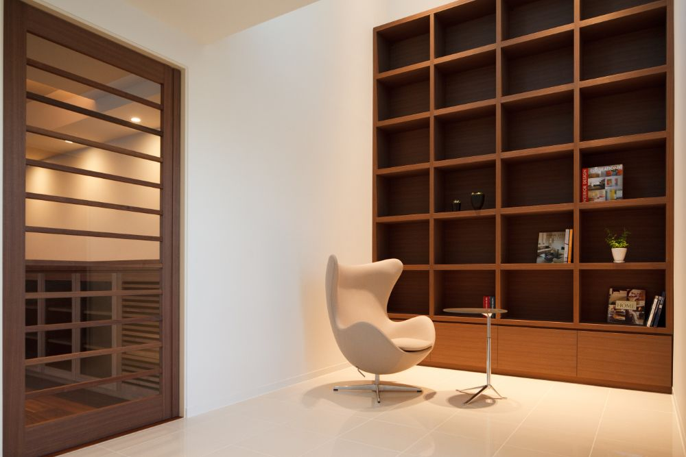 壁一面が本棚になっている家