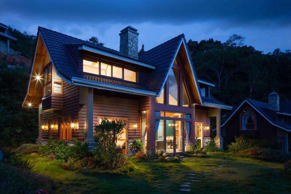 照明が明るい家
