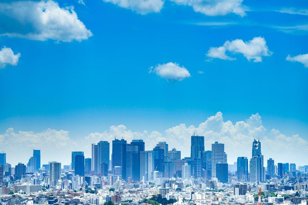 青空な都会